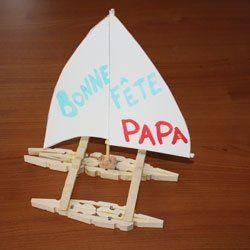 Etape n°7 Un bateau en pinces à linge pour la fête des pères !