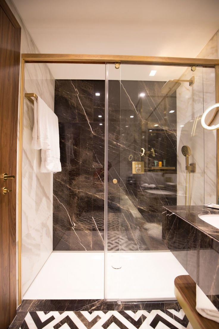 DOOI STUDIO designhotel #luxury #interiordesign #hiltonhotelroom #atheneepalace #bucharest #interior #luxury #dooistudio #decoration #designhotel