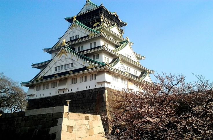 "– Mika no sekai - Japan (@mika_no_sekai) na Instagrame: ""In 1583, Hideyoshi Toyotomi started construction of this magnificent castle. The basic plan was…"""