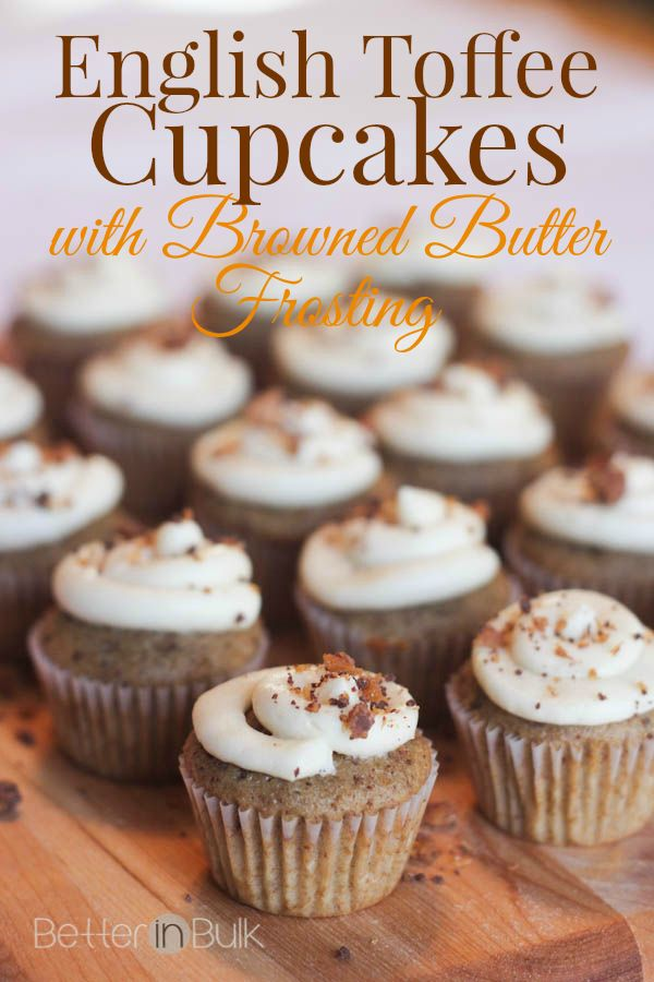 Toffee Cupcakes with Browned Butter Frosting  http://betterinbulk.net/2015/01/toffee-cupcakes.html  #toffeecupcakes #toffee #cupcakes