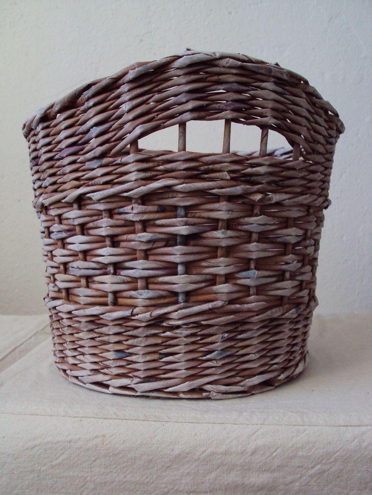 Basket made of paper