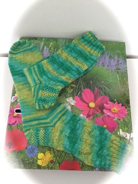 . . . für Sportsocken. Ich habe wieder für euch mitgeschrieben. So ein einfaches re/li- Muster kann man doch immer wieder brauchen.    Socke...