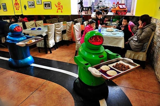 Restaurants in China roll out robot waiters and kitchen staff... Alex Jones Warn US About THIS!!!