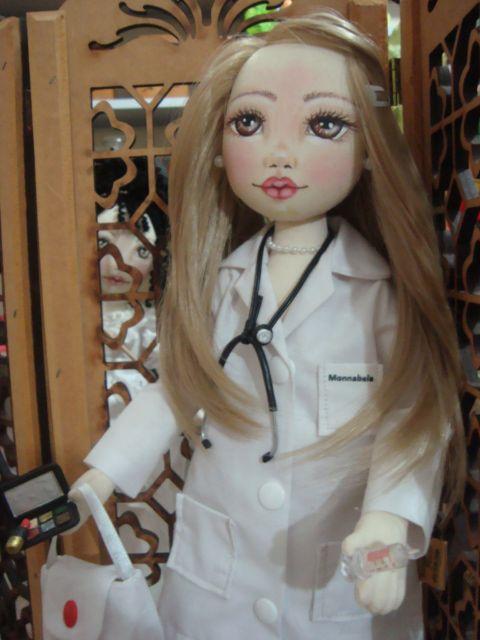 Bonecas de pano. Personalisadas Médica