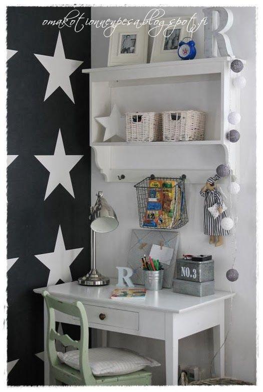 Oma koti onnenpesä: Mustaa, valkoista ja tähtiä