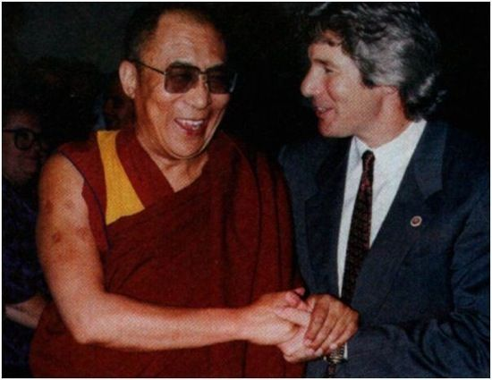 The Dalai Lama and Richard Gere.Hello Dalai, Richard Gere, Panchen Lama, 14Th Dalai, Dalai Lama Hh, Mestres Maravilhosos, Inspiration People, Favorite People, Amazing Lama