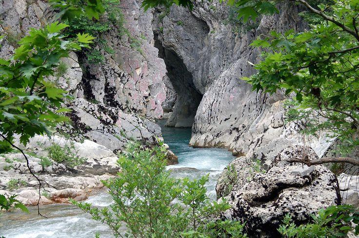 Στην αγριά ομορφιά του ποταμού της λησμονιάς.. #Αχεροντας η πύλη του κάτω κόσμου! #ελλάδα