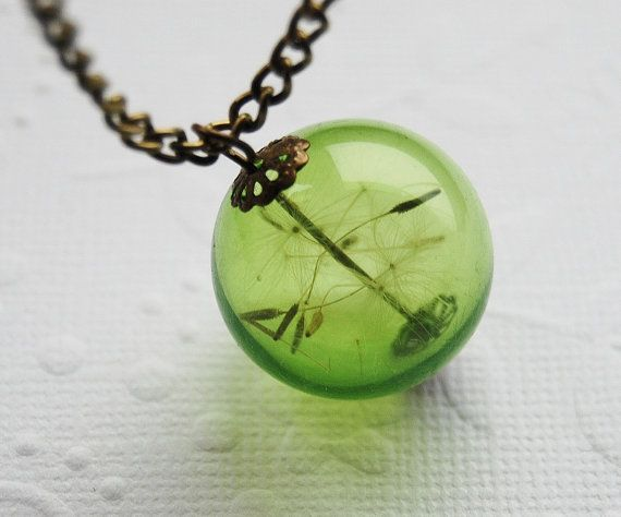 how to make a dandelion necklace