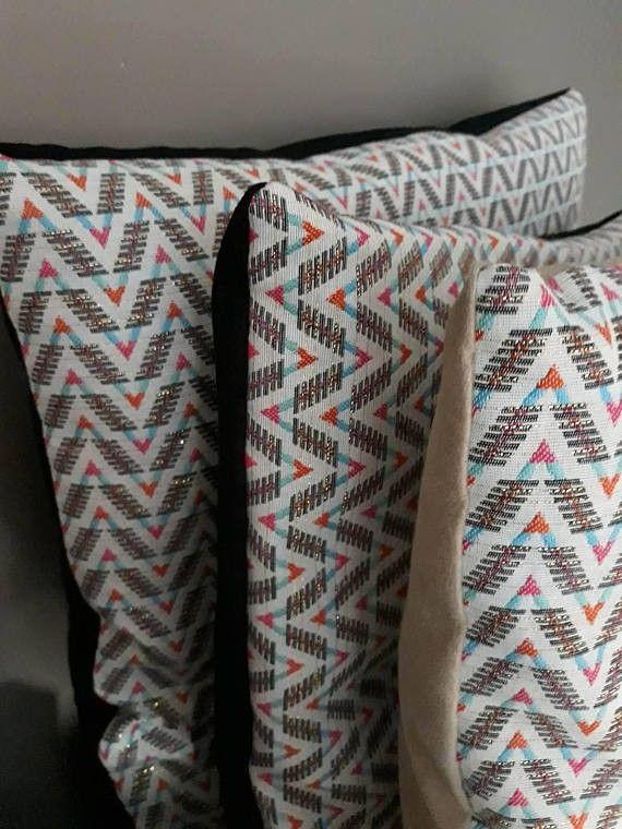 Coussin motifs mexicains