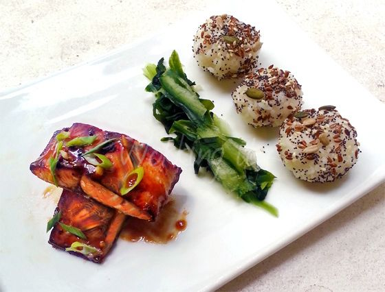 Mirin-Soy Glazed Salmon with Wakame and Cucumber Sunomono Salad, and Mixed Seed Coated Onigiri by Wokking It