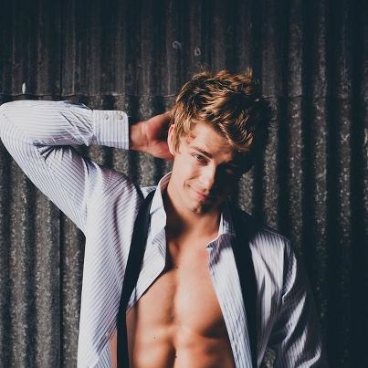 Luke Mitchell....... Romeo...  Home and Away