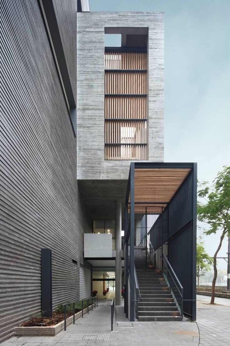Image 1 of 18 from gallery of Ping Shan Tin Shui Wai Leisure and Cultural Building / ArchSD. Courtesy of ArchSD