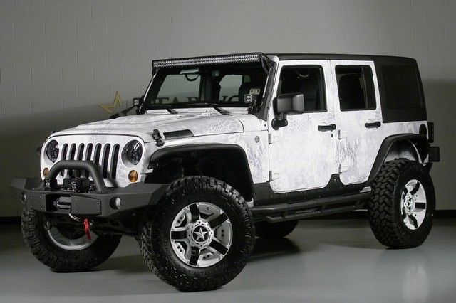 Jeep Wrangler 2013 Unlimited Sport Cherokee Foxes And
