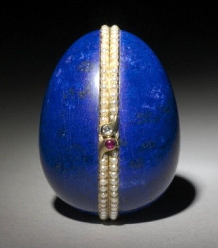 Lapis lazuli Hen Fabergé Egg (1886)  presented by Alexander III to Czarina Maria Fyodorovna (photo 1 of 2)