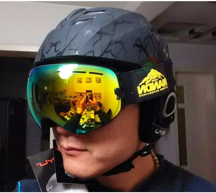 FeiYu Breathable Ultralight Skiing Helmet CE Certification Snowboard Skateboard Helmet Men Women