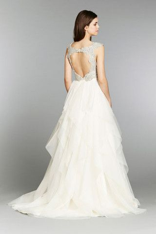 Hayley Paige 'Carrie' size 8 new wedding dress - Nearly Newlywed