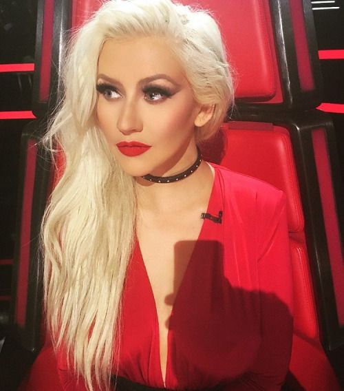 Christina Aguilera - Red Lady
