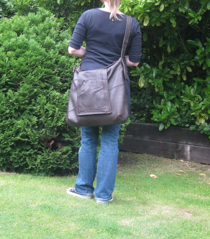 Big Roomy Slouch Cross Body Weekender with Superdry Dress Lining