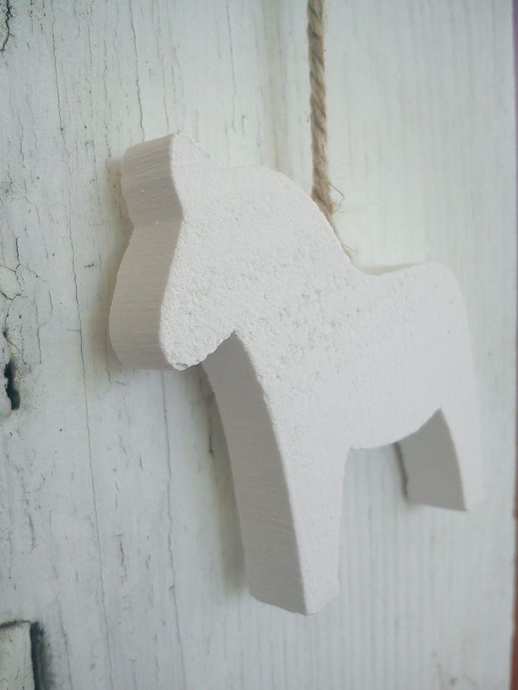 mini häst