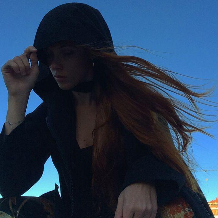 🌬 #milano #evening #sunset #wind #hair #redhair #redhead #blue