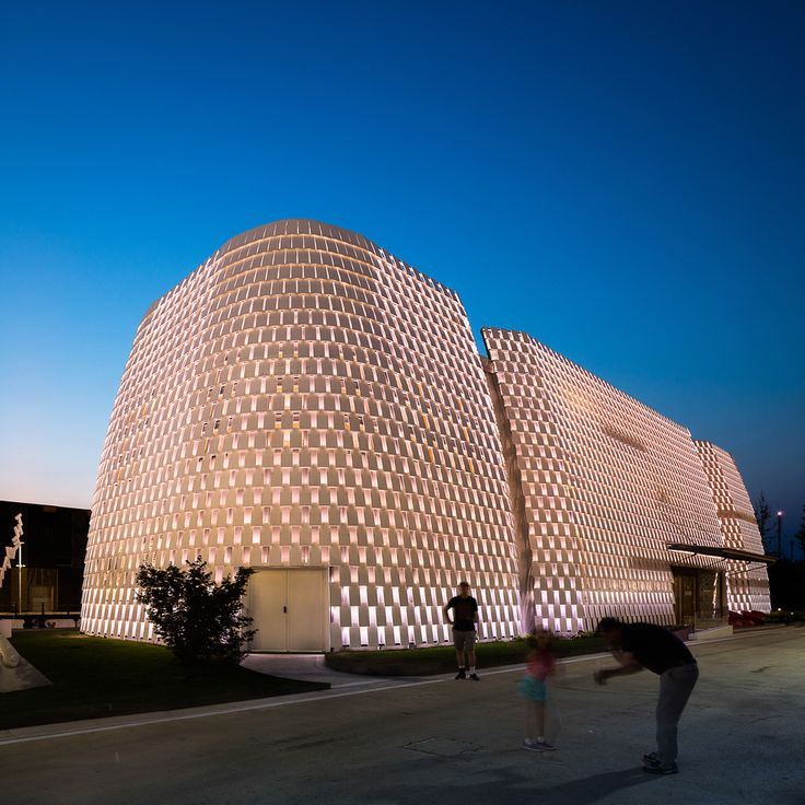 Gallery of One Photographer's Definitive Guide to the Pavilions of the 2015 World Expo – 21
