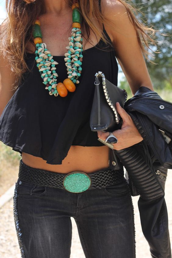 Don't forget to accesorize with a touch of turquoise!