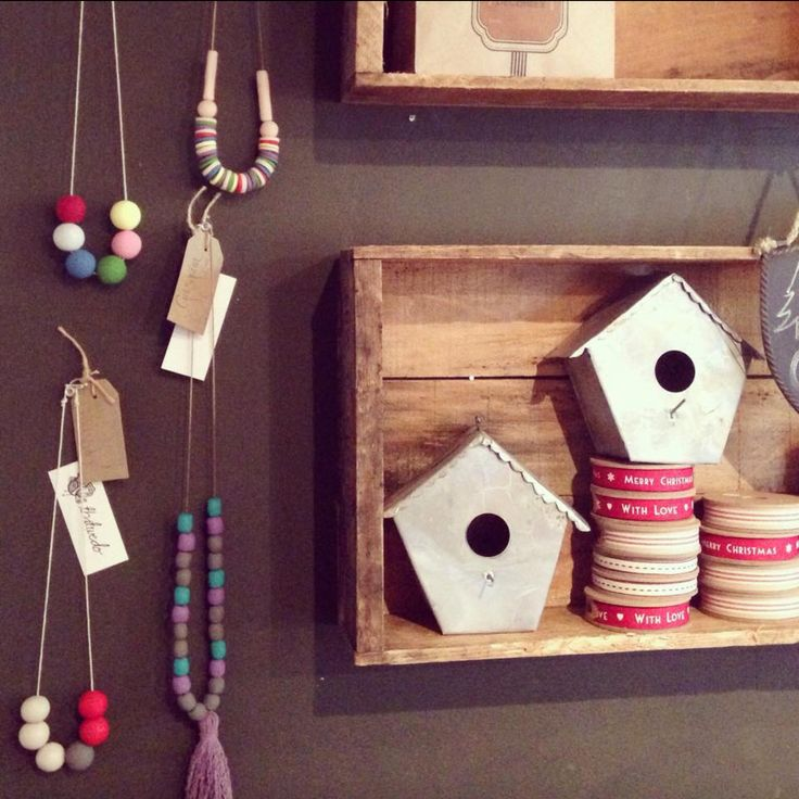 Just visited our necklaces at Grosgrain Homewares. and brought them a new friend to replace the one that sold. If you're in Wahroonga area you should definitely stop in to Grosgrain Homewares, so many lovely Christmas gifts and you can try on one of our necklaces!