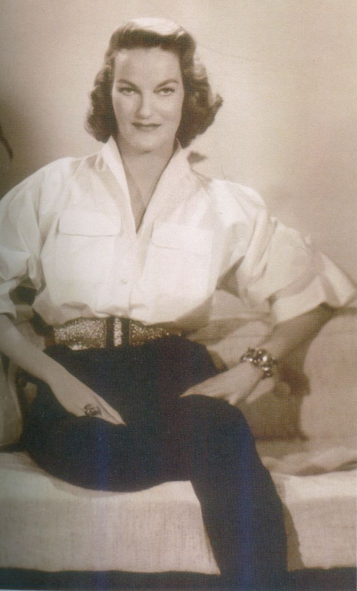 Miss Doris Duke from 1953, wearing her Schepps citrine cabochon bracelet and ring suite, made for her in December of 1940.