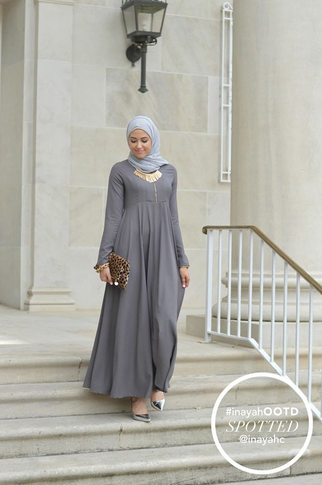 Zipper Soft Ash Abaya + Light Grey Soft Georgette Hijab styled.