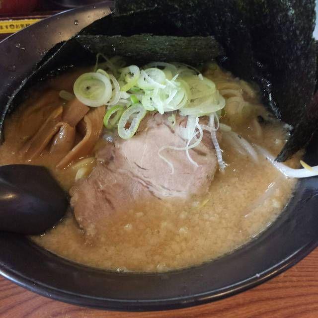 川出拉麺店 - みそ海苔らーめん 870円
