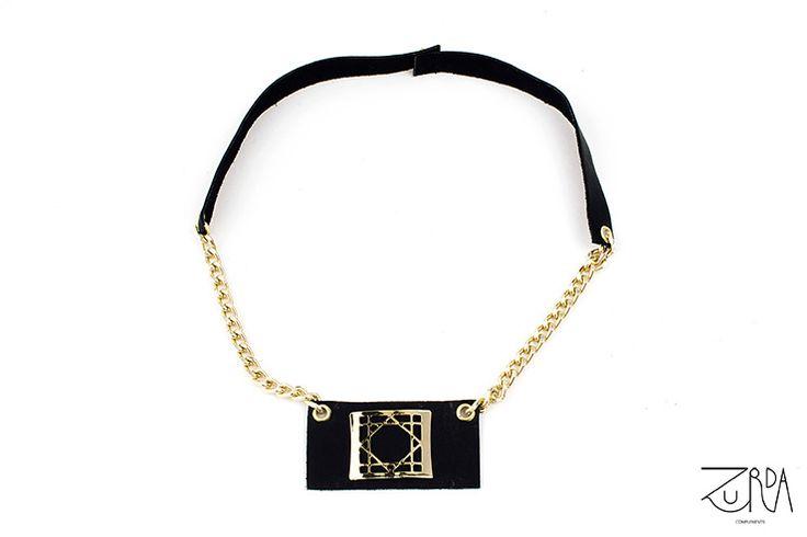 Collar Noche, diseñado por Zurda. #Zurda #collar #necklace #bisutería #bijou #diseño #design #Terrenal #AW1415