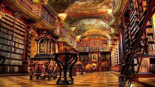 Prague Clementinum (Czech) : via HuffingtonPost 世界の美しい図書館