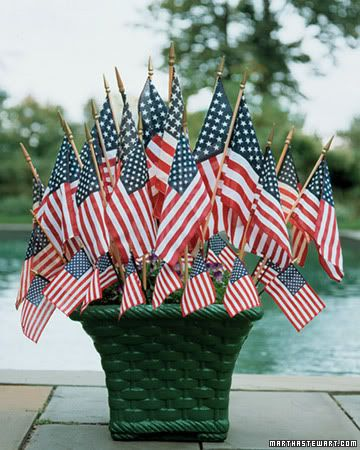 This would work for President's Day, Flag Day, Memorial Day, Independence Day....: Holiday, Centerpiece, July4Th, Idea, Flags, Flag Planter, July 4Th, Red White
