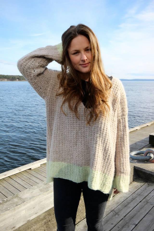 Genser fra Skappel i sand og lys lime #skappel #sandnesgarn #strikk #knit