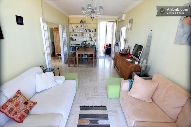 Quarto acolhedor em casa típica de Nice in Nice from $48 per night