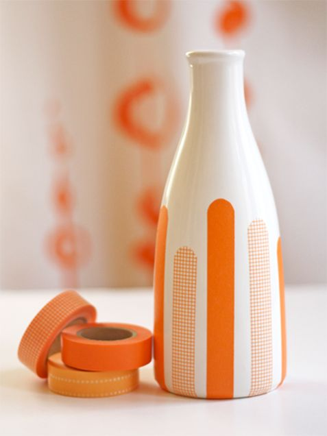 Washi Tape Vase: Simple but adds a POP! of color http://www.ivillage.com/diy-washi-tape-crafts/7-a-544244