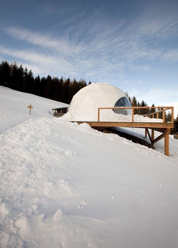 White Pod Alpine Ski Resort - Monthey, Switzerland.  http://blog.favoroute.com/top-10-eco-travel-hotels/