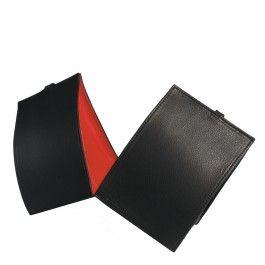 Hver for sig eller sammen. De to tasker kan samles med en lynlås. Når du bærer den, er lynlåsen usynlig.  Udvendig standardfarve: sort Indvendig standardfarver: sort, rød, vinrød, grøn æble, kastanje eller sten