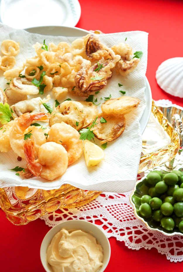 And no festive gathering would be complete with out something FRIED, like this Fritto Misto, king of crispy, salty, snacks.