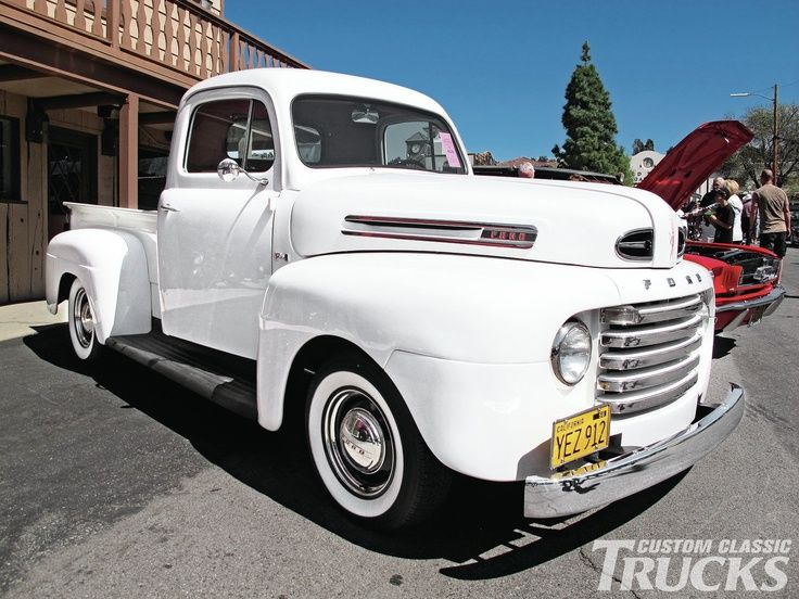 FORD ◘ how awesome would it be to drive away in this?!?!