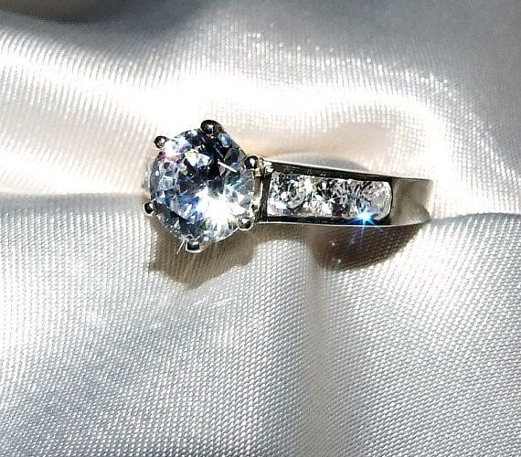 Vintage 1.6 ctw Round Brilliant Diamond by InVogueJewelry on Etsy, $30.00