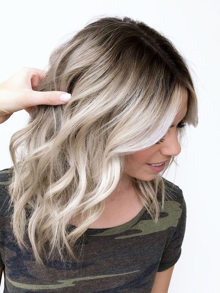Pin By Mandy Dandy On Hairstyle Platinum Blonde Hair Hair Styles Short Hair Balayage