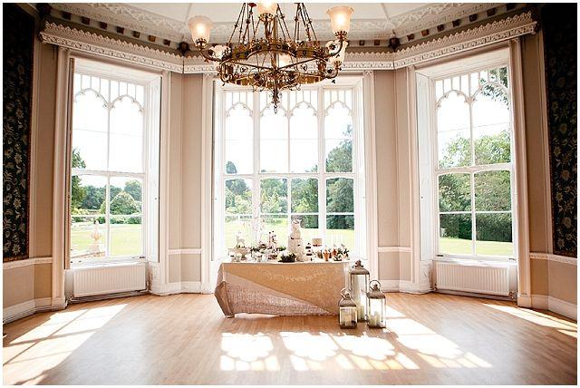 nonsuch-mansion-cakes-flowers-eddie-judd-photography-surrey-wedding-venue
