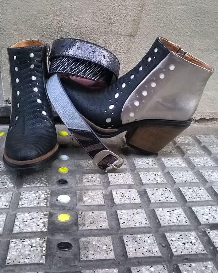 New!!!!!!! El modelo Sola ya está entre nosotras en su nueva versión!  Cuero negro grabado peltre blanco y plata. Taco ideal y base en goma. Además nuevos CINTURONES combinando todos los cueros de nuestros zapatos. Te esperamos en nuestro LPStore: Paraguay 782 CABA. Tel 54 11 48932410 Para envíos contacto@luzprincipe.com.ar  #luzprincipe #loveshoes #lpfans #boots #hacemosloqueamamos #amamosloquehacemos