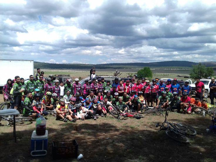 El pasado sábado, se llevó a cabo la XIX Carrera de Aventura Sierra Extrema 2017, carrera de ciclismo de montaña en donde participaron alrededor...