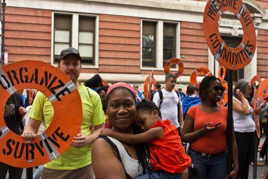 Naomi Klein : « Si nous conjuguons justice sociale et action pour le climat, les gens se battront pour cet avenir » - Basta !