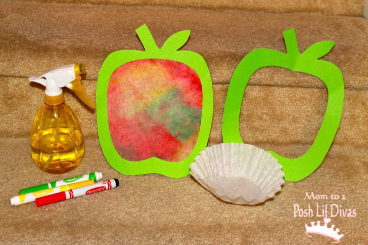 apple crafts for preschool | Mom to 2 Posh Lil Divas: Fall Crafts: Coffee Filter Apple Art for Kids