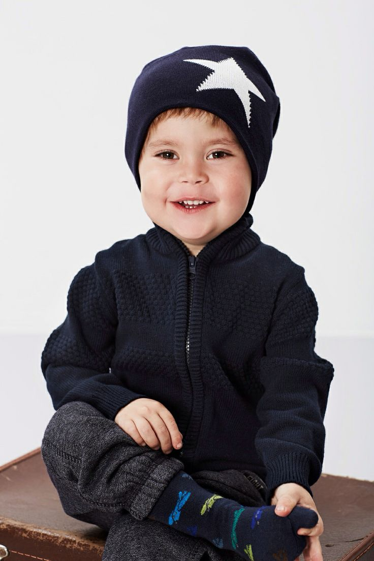Hat for boy with big Star from MP