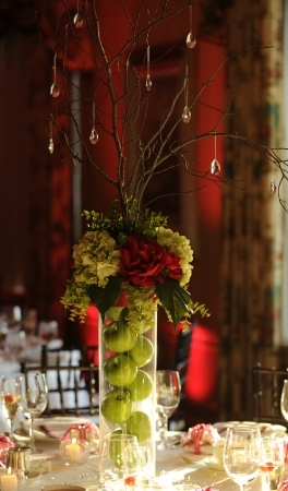 Hydrangeas & green apples - unique fall centerpiece