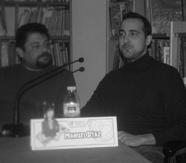 """V edición de Autores en Viñetas. Mesa """"Encuentro comiquero en Sevilla"""", Sergio Mora Tito-Search Manuel Diaz — en Carmona."""